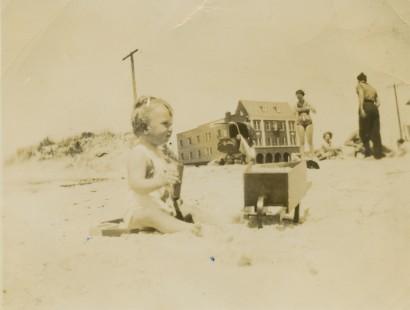 1936 Beach Fun